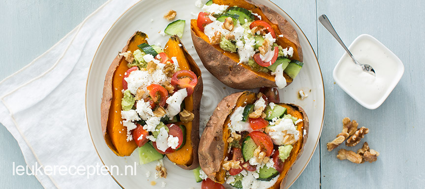 griekse-zoete-aardappel-met-avocado.jpg